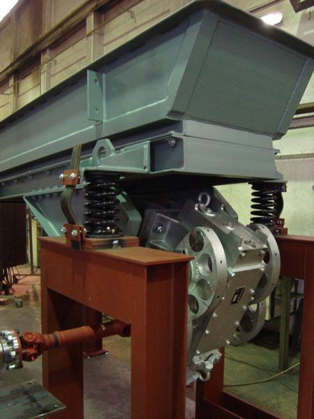 machinery screening mining pingyuan vibrating henan screen machines feeder vibration