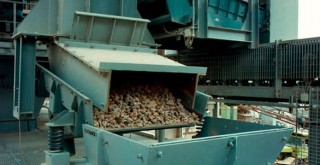 Gravel and crushed stones plant